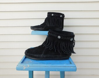 Vintage Black Suede Fringed Moccasins By Minnetonka, Moccasin Booties, Costume Shoes