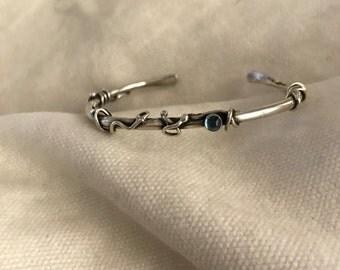 Cuff Bracelet in Sterling Silver with Blue Topaz and Black Onyx Gemstones | The Bleu Giraffe |