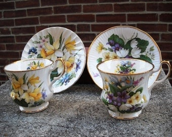 Pair of Queens fine bone china Teacups from England gilt edged