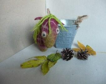 Felted tartan/plaid pony. Wool horse. Boheme home decor. Rustic nursery decor. Autumn colors. Waldorf toy. Padlizsán