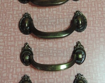4 Pulls Vintage pulls handles hardware bronze pulls Dresser Pulls Cabinet Pulls Cabinet Hardware