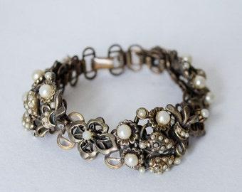25% OFF SALE / 1930s vintage bracelet / chunky brass & pearl bracelet