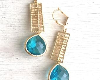 Aquamarine Jewel Dangle Earrings in Gold. Blue Drop Earrings. Drop. Fashion Earrings. Unique Earrings. Jewelry Gift.