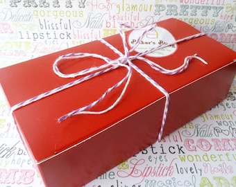 Red Party Favor Boxes, Wedding Favor Boxes, Candy Boxes, Cookies Boxes, Gift Boxes, Medium Party Favor Boxes - 24 Ct.