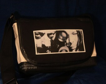 Leon The Professional Messenger Bag