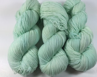 Superwash Merino Sock, Hand Painted Yarn, Mint Julep, Hand Dyed Yarn, semi solid yarn, sock yarn, spring, mint green