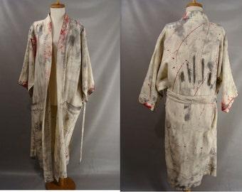 Easy Costume. Zombie Robe Costume. Bloody Bathrobe. Nightime Zombie. Halloween Costume. unisex costumes. the walking dead. adult size L XL