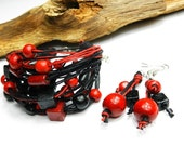 Nature linen set with black and red wooden beads - Bracelet and earrings.