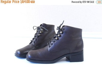 Half Off vtg 80s brown LACE UP leather Ankle BOOTS chunky 6 boho oxfords heels grunge brogues preppy shoes