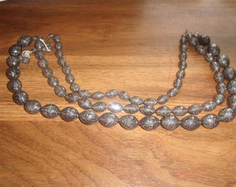 vintage necklace triple strand black glitter lucite
