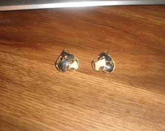 vintage clip on earrings goldtone black ivory enamel
