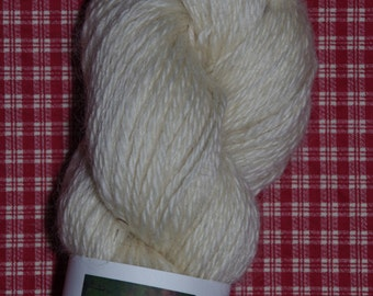 Pearl 100% Leicester Longwool 3 ply worsted weight Yarn from a PA Century Farm