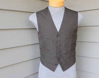 vintage c. 1969 -James S Lee- Men's suit waistcoat / vest. Traditional styling - Worsted.  Custom Tailored - Hong Kong. Size 37 - 38