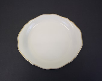Vintage Syracuse Restaurant China Plate w/Gold Rim (E4295)