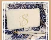 Monogram Clutch Bag with Wrist Strap Linen and Gold Glitter Bridesmaid Wristlet Accessory Bag Personalized Evening Bag Graduation Gift