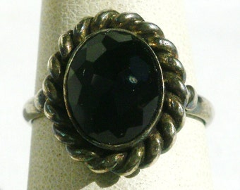 Sterling Silver Black Glass Ring-Size 6 3/4
