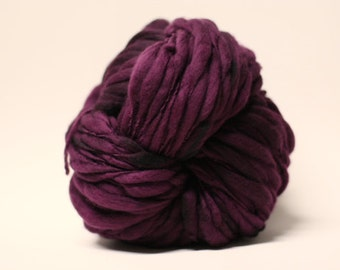 Handspun Thick and Thin Superfine Merino Wool Yarn Slub  tts(tm) Hand dyed Half-Pounder Super Bulky Black Rose 01
