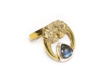 The Hunted owl talon ring with labradorite