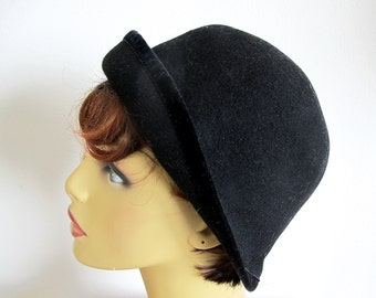 Vintage Black Wool Hat, Black Cloche, Hat, Made in Italy