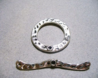 Toggle Clasp Antique Silver 44MM