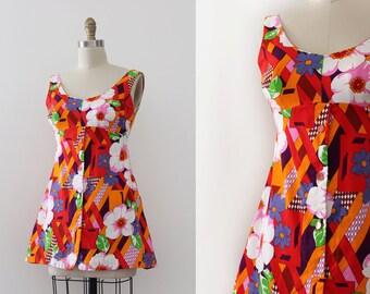 vintage 1960s dress // 60s floral mini dress
