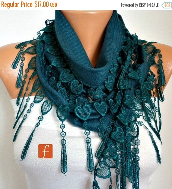 Emerald Green Heart Pashmina Scarf, Winter Scarf,Cowl Scarf,Gift Ideas For Her, Women Fashion Accessories, Bridesmaid Gift,Christmas Gift