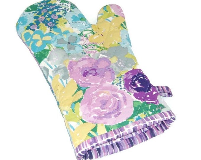 Oven Mitt -Lavender Floral Potholder - Floral Oven Mitt - Gift for Mom - Gift Under 20