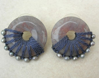 Artisan Earrings, Mauve-Gray Jewels in Fiber, pearls & agate, finely crafted boutique jewelry, vintage, like new, greatly reduced