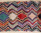FREE SHIPPING WORLDWIDE T24035 vintage boucherouite rug, moroccan rugs , rag rug, berber tribal art, morocco carpets, wall art