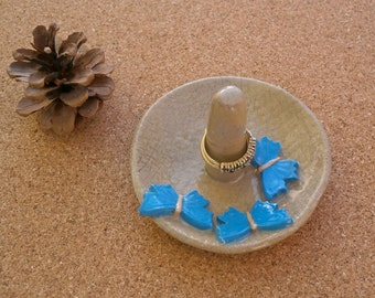 Blue butterflies ring dish -  Blue and greige ring catcher -  Ceramic jewellery holder - handmade clay stand