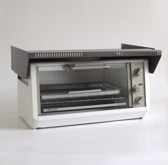Black Decker Under Cabinet Mount Toaster Oven | Bar Cabinet