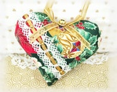 "Christmas Heart Ornament 5"" Heart Green Red Christmas print Christmas Heart Door Hanger Handmade Handmade CharlotteStyle Decorative Folk Art"