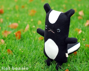 Skunk stuffed animal plush, Cute skunk soft toy doll, Handmade kawaii skunk plushie, Woodland decor, Black White, boy girl gift, Flat Bonnie