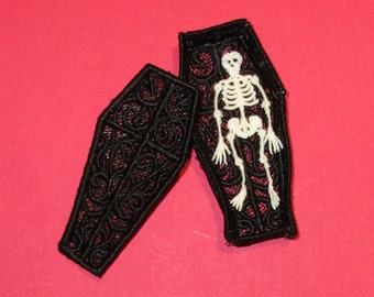 3D Lace Coffin and Skeleton