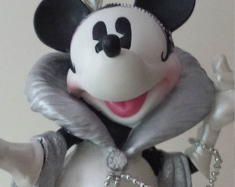 Vintage Enesco Stepping Out with My Baby Minnie Mouse Sculpture