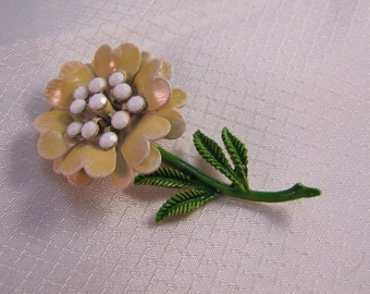 1960's Pale Yellow Enameled Flower Brooch