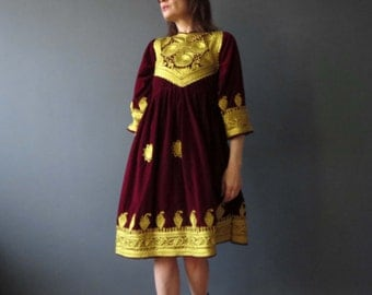 Vintage 70s  Red Burgandy Gold Braided Mongolian Russian Tartar Folk Dress Extra Small.