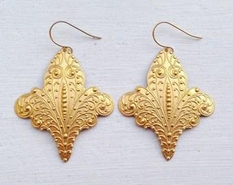 Fleur de lis Earrings/Boho Earrings/Bohemian Earrings/ Boho Chic/Brass Boho Earrings/Gifts For Her/Filigree Earrings/Fleur De Lis Jewelry
