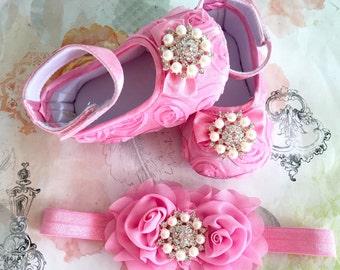 Baby Girl  rosette Crib Shoes and headband set, wedding , birthday , Christening Booties and   headband.
