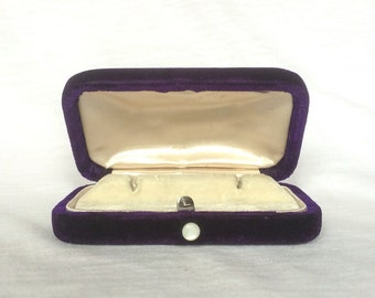 Fab Purple Velvet Box Cufflink Cuff Link Earrings Stud Lever Back Jewelry display MOP Pearl Button Vintage
