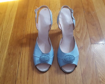 """Vintage 1950's """"Something Blue"""" Peep-Toe Robin Egg Blue Pumps with Filigree Cameo, By The American Girl, Size 7 1/2"""""""