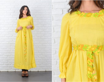 Vintage 70s Yellow Polka Dot Dress Floral Embroidery Full A Line Mod XS 7135
