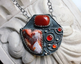 Sterling Silver Coyote Psudum Agate and Carnelian Pendant