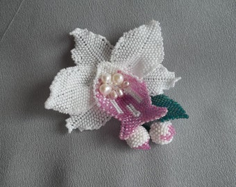White orchid beadwoven brooch necklace. Bridal jewelry. Handmade beaded orchid flower brooch