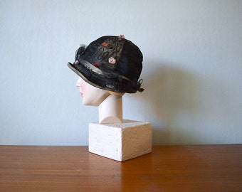 1920s cloche hat . vintage 20s black silk satin hat