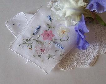 Mother of the Bride or Groom Handkerchief, Wedding Memento, Summer Wedding Floral Bouquet Appliqued Hanky