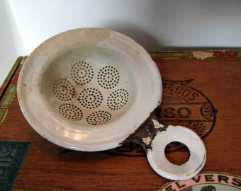 Enamel Tea Strainer / Vintage White Enamel Tea Strainer