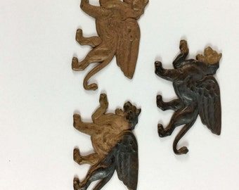 Brass Winged Lions, Vintage Lion Stampings, Roaring Lions, Jewelry Making, Patina Brass, US Made, B'sue Boutiques, 37 x 58mm, Item08485