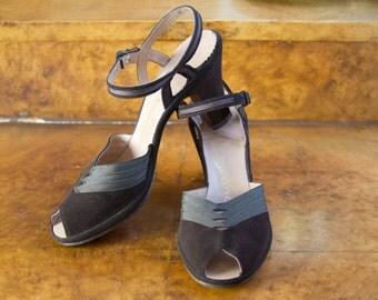 1940s High Heels // Brown Suede Peep Toe Ankle Strap High Heels