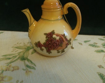 Incense Burning Teapot, Victorian by Nini, Raised Roses